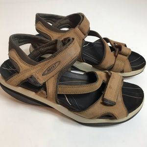 MBT walking toning sandals